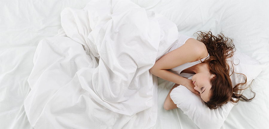 Nošenje kontaktnih leća tijekom noći za vrijeme spavanja