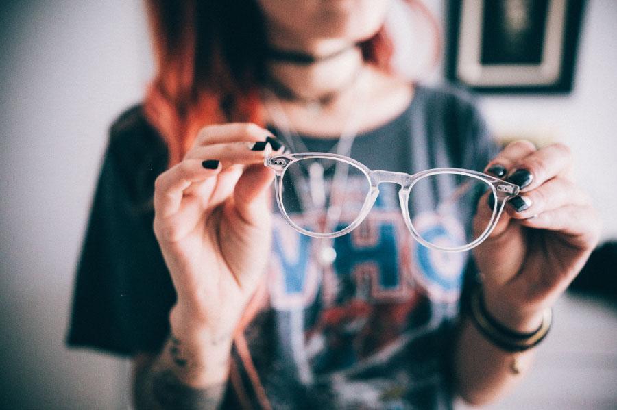 naočale ostavili kod kuće