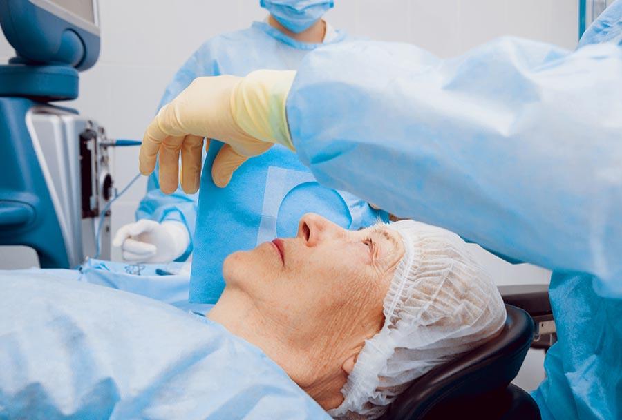 operacijom katarakte rješava se i astigmatizam